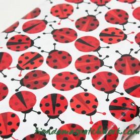 Tela plastificada patchwork Mariquitas 3