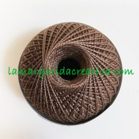 Hilo ovillo perlé 5gr Osiris marrón para bordar y manualidades lamargaridacreativa.com