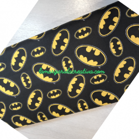tela patchwork estampada superheroes batman logo en lamargaridacreativa.com