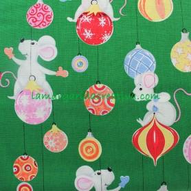 Tela-patchwork-navidad-bolas-navidad-ratones-verde-