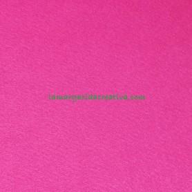Fieltro para manualidades color fucsia en la tienda online lamargaridacreativa 3