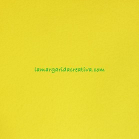 Fieltro para manualidades color fucsia en la tienda online lamargaridacreativa 4