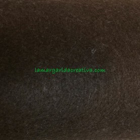 Fieltro para manualidades color fucsia en la tienda online lamargaridacreativa 2