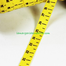 Cinta decorativa cinta métrica amarilla en lamargaridacreativa