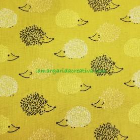 Tela infantil erizos mostaza algodón patchwork lamargaridacreativa